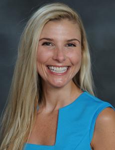 Kelly Bradburn Headshot